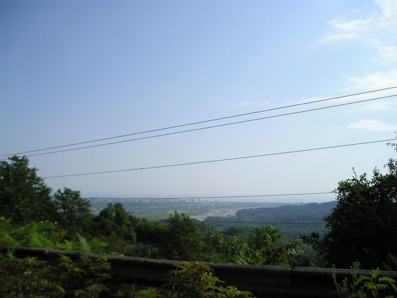 Вид на Сухум с дороги