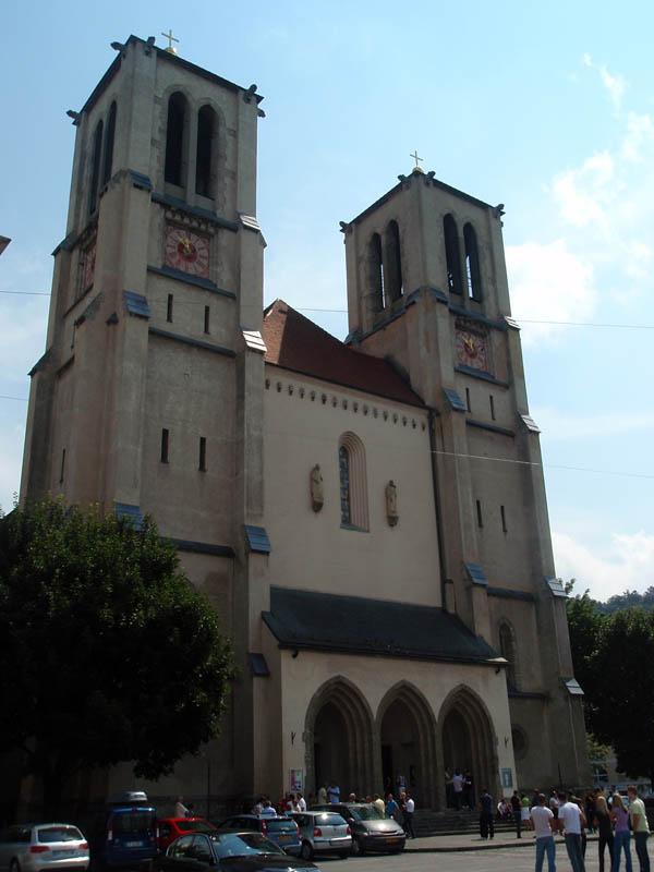 Церковь Св. Андрея (Stadtpfarrkirche St. Andra)