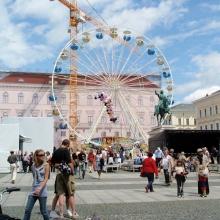 Виттельсбахерплатц (Wittelsbacherplatz) и памятник первому курфюсту Максимилиану 1