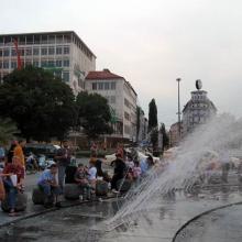 Фонтан на Карлсплац (Karlsplatz)