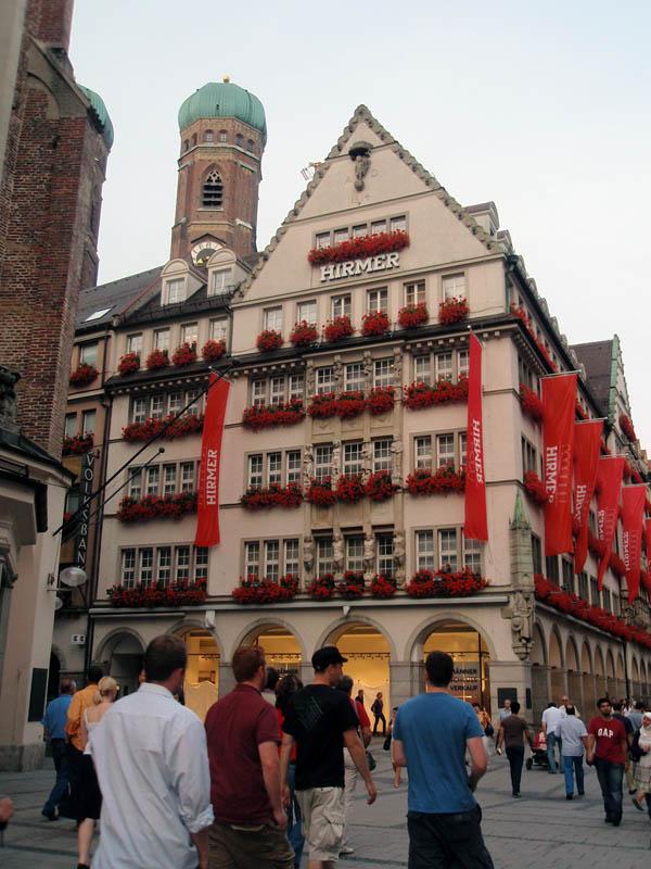 Кауфингерштрассе (Kaufingerstrasse)