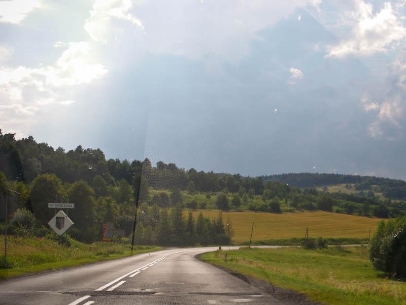 Чем ближе к Чехии, тем местность становится более холмистой