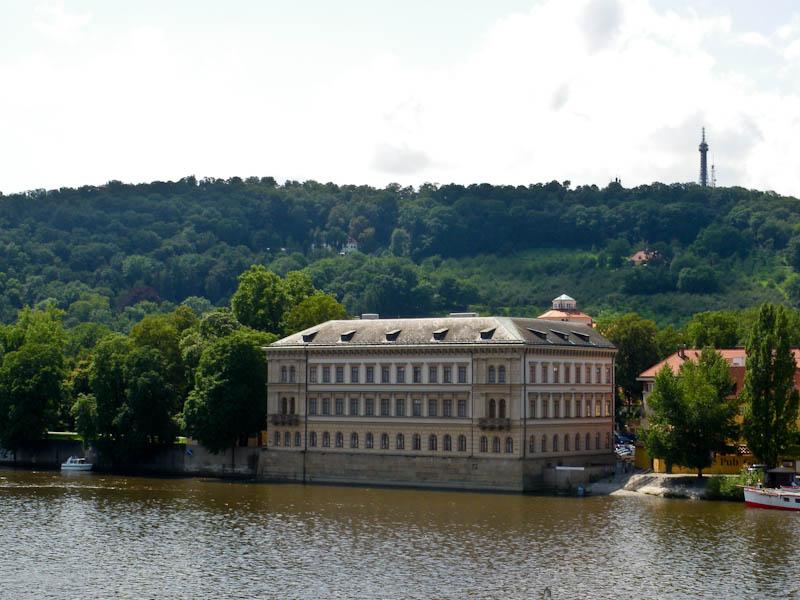 Лихтенштейнский дворец